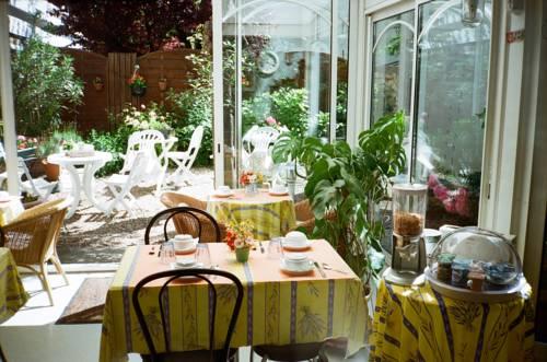 Hôtel Beauséjour Nevers : Hotel near Coulanges-lès-Nevers