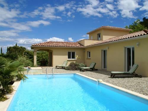 Villa - Les Vans : Guest accommodation near Les Salelles