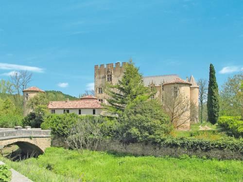 Landgut mit Pool (100) : Guest accommodation near Allemagne-en-Provence
