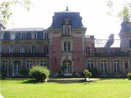 Château de Bertreville : Bed and Breakfast near Gonneville-sur-Scie