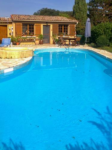 Holiday Home Lieu dit Soulaleve : Guest accommodation near Alles-sur-Dordogne