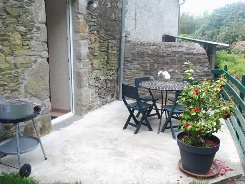 Holiday home Le Hameau Valette : Guest accommodation near Barfleur