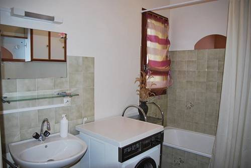 Holiday home rue Vallat Soutou : Guest accommodation near Saint-Just