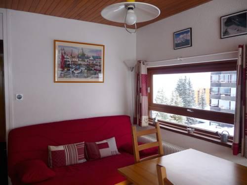 Apartment Route de la croisette : Apartment near Chamrousse
