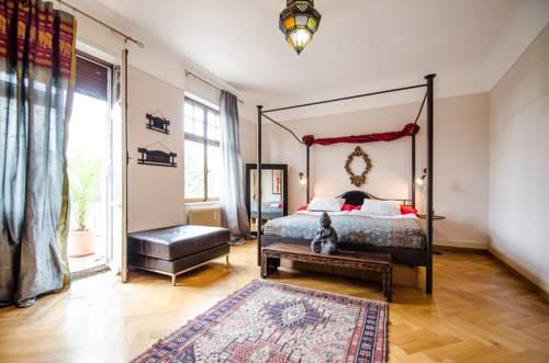 Villa12 Guesthouse : Guest accommodation near Rosenau