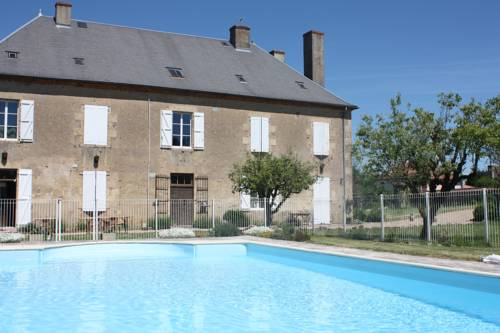 Château Latour : Bed and Breakfast near Gannay-sur-Loire