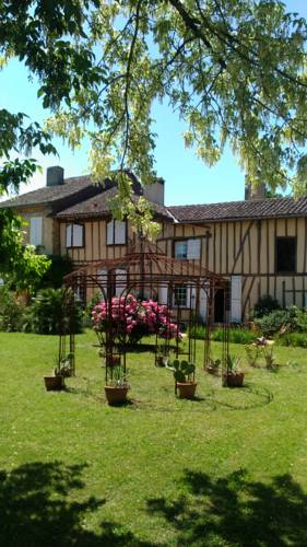Domaine du Have : Bed and Breakfast near Avéron-Bergelle