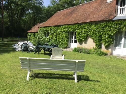 Les Gîtes de la Boissière : Guest accommodation near Cigogné