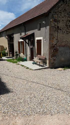 Chambres d´Hôtes Clara Casa : Bed and Breakfast near Ars-les-Favets
