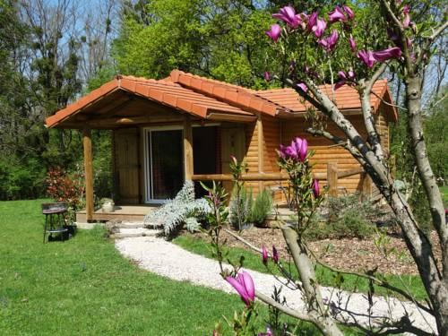 Chalet du pontot : Guest accommodation near Flacey-en-Bresse