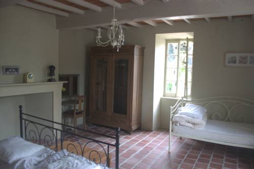 Les Oliviers : Bed and Breakfast near Armentieux