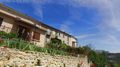 VVF Villages Lagrand : Guest accommodation near Saint-Genis