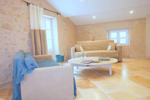Loft à Valbonne : Apartment near Valbonne