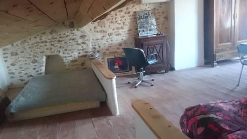 Studio a Pomerols : Apartment near Pinet