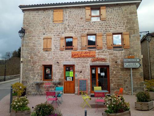 L'Art des chemins : Bed and Breakfast near Accons