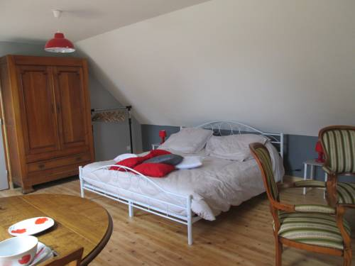 Les Coquelicots : Bed and Breakfast near Landerneau