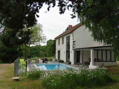 Villa Montingeat : Guest accommodation near Ars-les-Favets