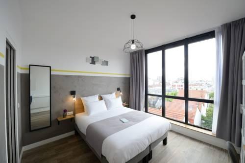 Hotel Terre Neuve : Hotel near Paris 20e Arrondissement