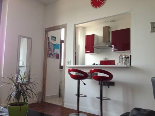 L'appart de la Rotonde : Guest accommodation near Villebret