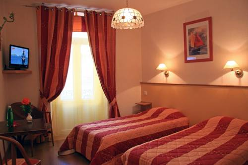Grand Hôtel de Lyon : Hotel near Ucel