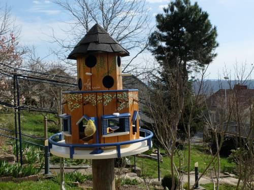 La Cadanise : Bed and Breakfast near Colombier