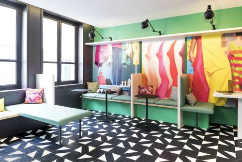 Ibis Styles Paris Gare Saint Lazare : Hotel near Paris 8e Arrondissement