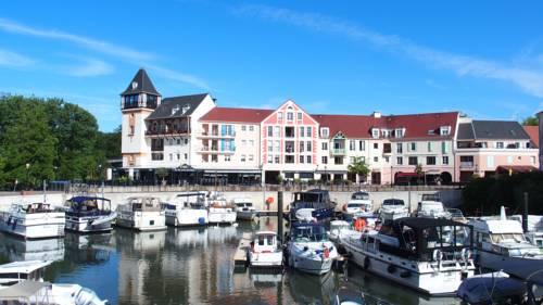 Studio Port Cergy : Apartment near Puiseux-Pontoise