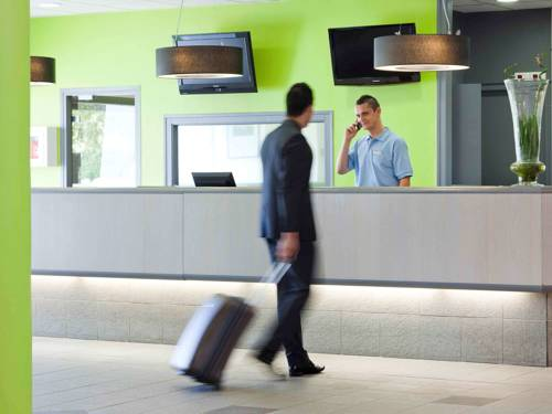 ibis Styles Peronne Assevillers : Hotel near Combles