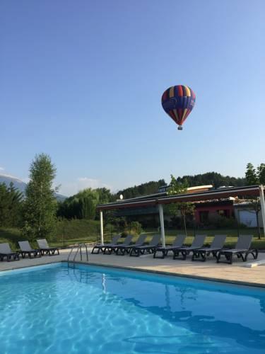 Inter-Hotel Le Cap : Hotel near Esparron