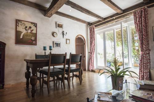 Domaine à Marmande : Bed and Breakfast near Mirande