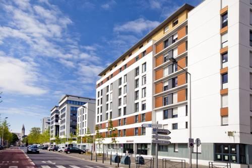 Séjours & Affaires Angers Atrium : Guest accommodation near Angers
