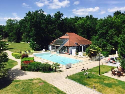 Novotel Fontainebleau Ury : Hotel near Montigny-sur-Loing