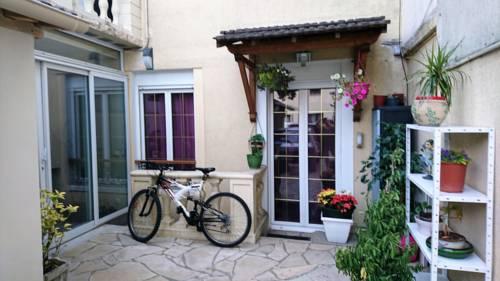 Chez Sonia et Jonas : Guest accommodation near Chevilly-Larue