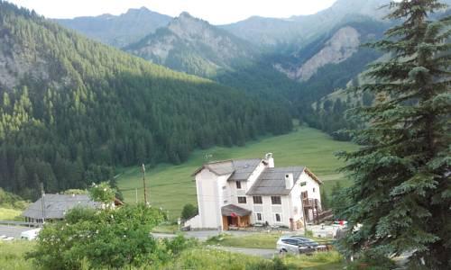 Hotel Clausis : Hotel near Molines-en-Queyras