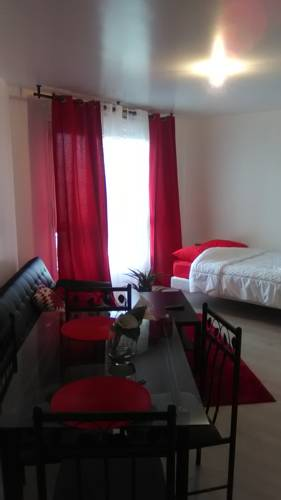 Appartements Sully : Apartment near Villette