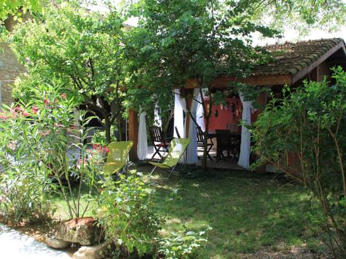 Les Pascals : Bed and Breakfast near Saint-Lattier