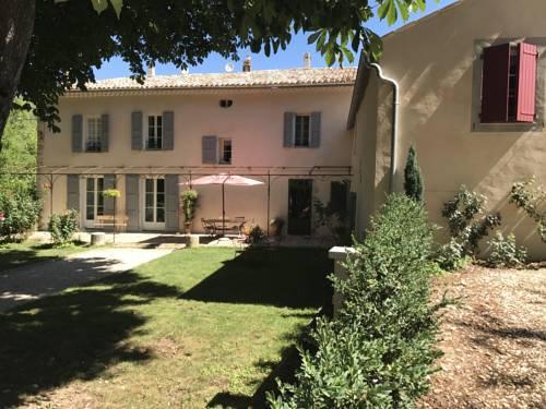Les Gites De La Gassende : Guest accommodation near Riez