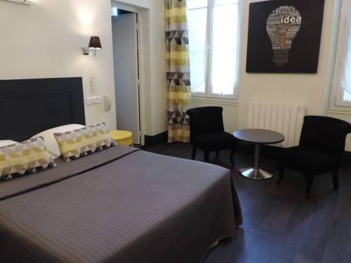 Hotel Restaurant - La Goule Beneze : Hotel near Charente-Maritime
