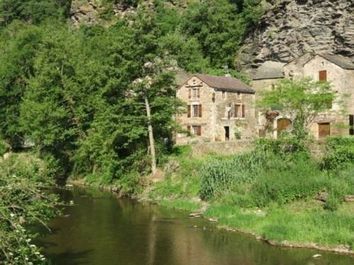 House Curvalle : Guest accommodation near Pousthomy