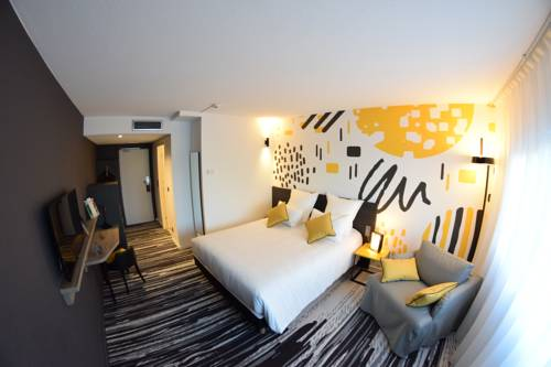 Golden Tulip Roissy Saint Witz : Hotel near Fosses