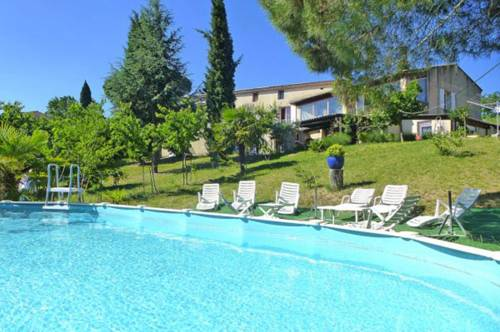 Catherine et Daniel : Guest accommodation near Sainte-Tulle