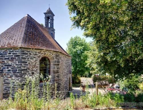 Gîte Atypique Dans Une Chapelle : Guest accommodation near Briec