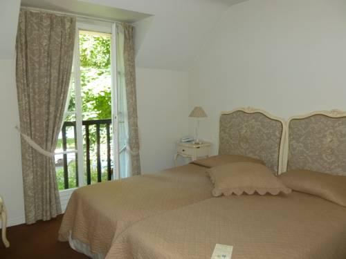 Hostellerie Du Royal Lieu : Hotel near Retheuil