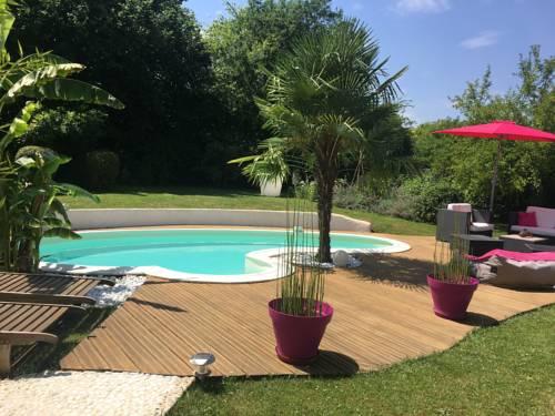 Chambres d'Hôtes des Demoiselles : Guest accommodation near Thoury-Férottes