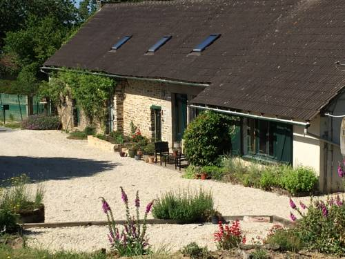 Le Nid : Bed and Breakfast near Antoigny