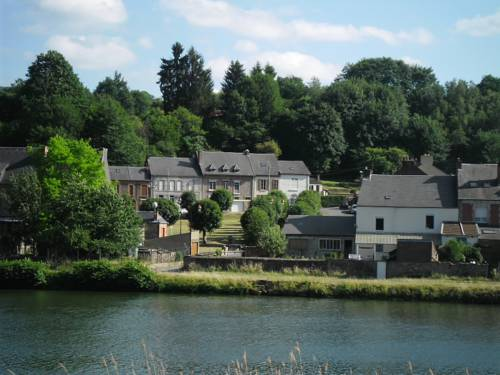 Le sanglier de Haybes : Guest accommodation near Haybes
