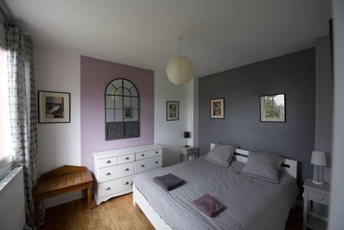 Plus Belle La Vue : Guest accommodation near Bihorel