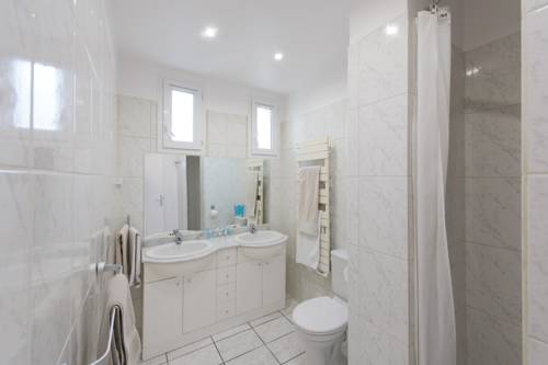 Residence Service Appart Hôtel : Guest accommodation near Le Plessis-Robinson