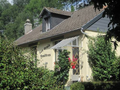 B&B les trois fenêtres : Bed and Breakfast near Chaulieu