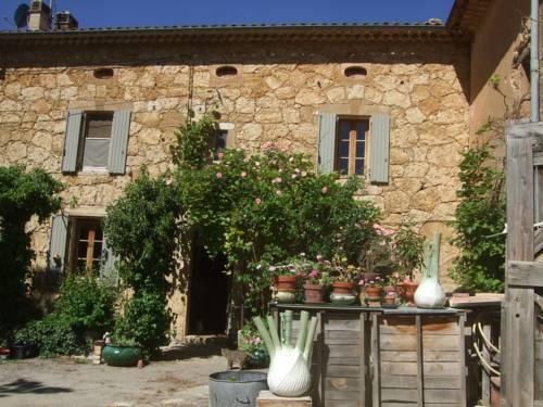 les hotes de Marie : Guest accommodation near Saint-Julien-d'Asse
